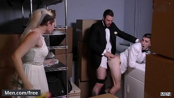 Sex gay boy safado dando para o casado