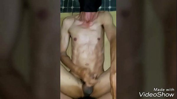Sexogay amador com mascarado chupando e dando o cuzinho bem gostoso