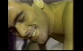 Video pirno gay antigo safado liberando o cu todinho