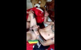 Video sexo amador gay boys nus transando gostoso