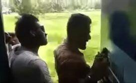 Videos de sexo x safados transando no meio do trem
