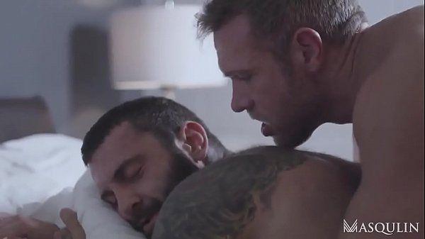 Internacional porno gay safadinho dando o cu de forma excitante