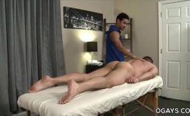 Video swxo massagista comendo o cu do passivo