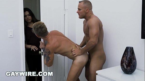 Homens coroas gostosos fazendo sexo delicioso