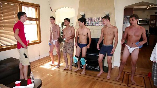 Porno grupal gay jovens na putaria louca