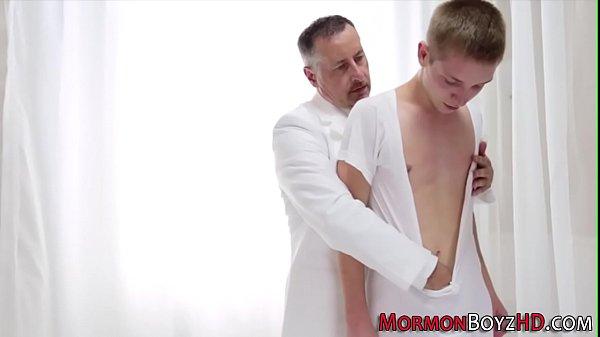 Sexo gay kinguys safados transando gostoso