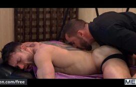 Homens se chupando e transando bem gostoso